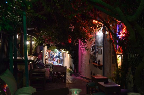 Hayta Meyhane Restaurant: The side street leading up to the restaurant