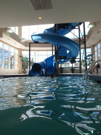 Hilton Garden Inn Toronto/Vaughan: Water Slide