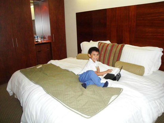 Stubel Suites and Cafe : Descansando en la habitacion