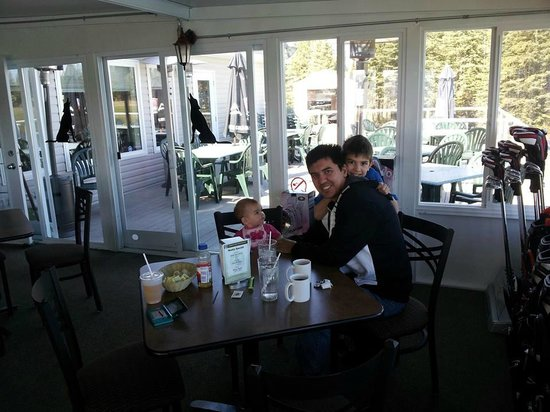 Family Eating Breakfast Picture Of Coyote Creek Golf