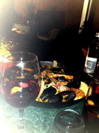 L'Uva Tardiva: paella e sangria.. buonissime :)