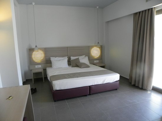 Kakkos Bay Hotel