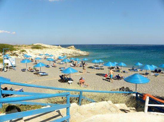 Kakkos Bay Hotel : una discesa alla spiaggia