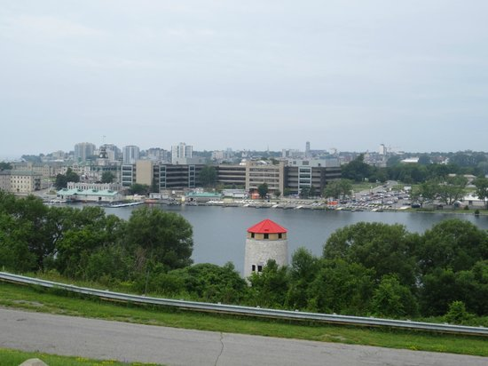 Howard Johnson Inn Kingston: Panoramic view of Kingston from Fort Henry