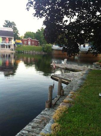 Stonyhurst Inn: lovely waterfront