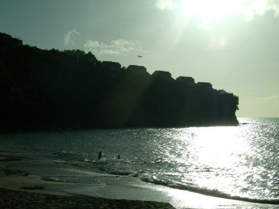 Sandals Regency La Toc: Sun down by the beach