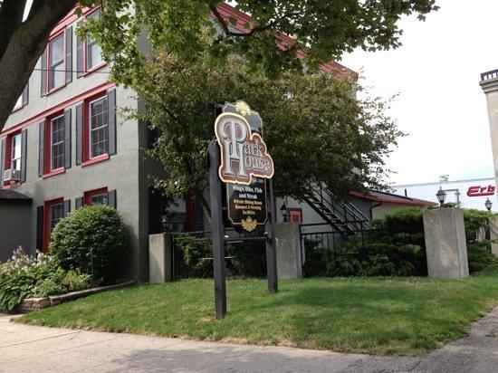 Huron County Museum: Park House
