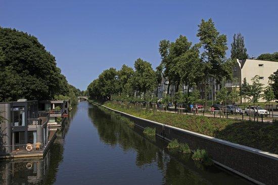 Eilenau Hotel: Umgebung: Eilbekanal