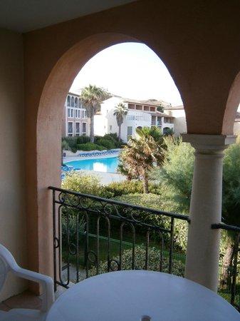 Pierre & Vacances Residence Les Rivages de Coudouliere: Veduta della piscina dalla terrazza
