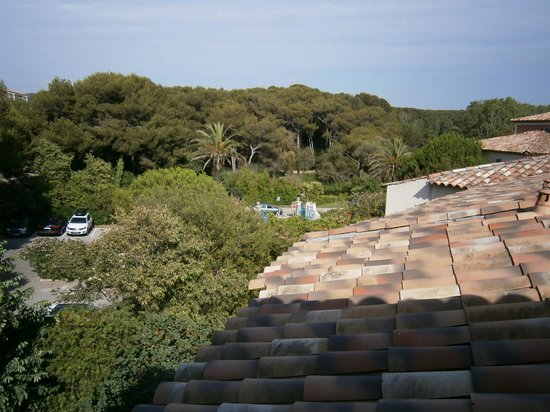 Pierre & Vacances Residence Les Rivages de Coudouliere: La pineta dietro al residence