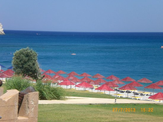 Kolymbia Beach Hotel: spiaggia