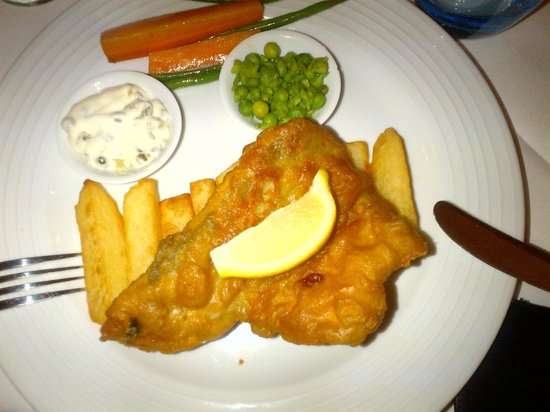 Hallmark Hotel Bournemouth East Cliff: Fish & Chips