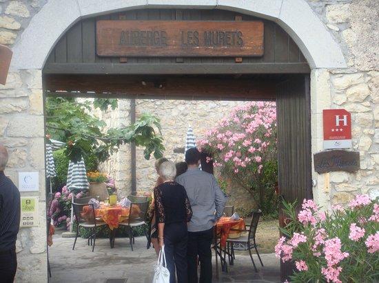Auberge Les Murets : l'entrée