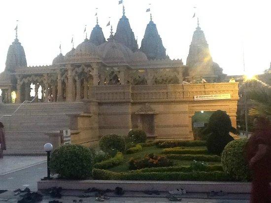 Akshardham Temple: temple
