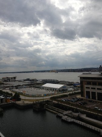 L3 Living - The Merchant Quarters, Liverpool: further views from room