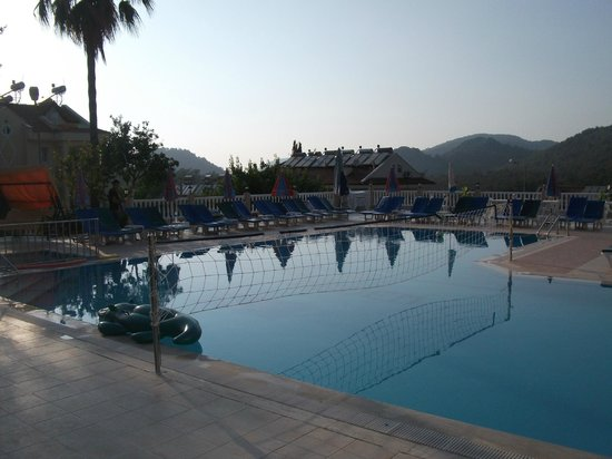 Hotel Dedem and Apartments: pool