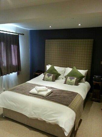 The Woodman Inn: Room 10