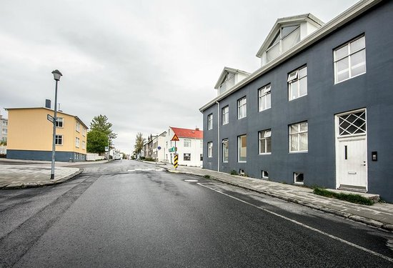 Reykjavik Light Apartments: The apartment building