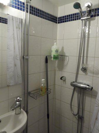 Lunda Pensionat : Il bagno