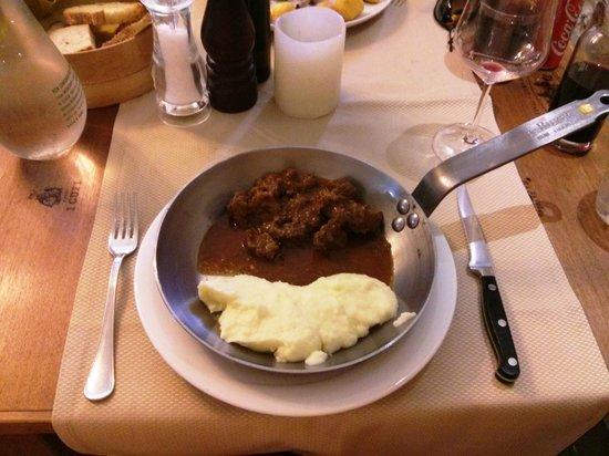 Trattoria Bonini: Slow cooked beef