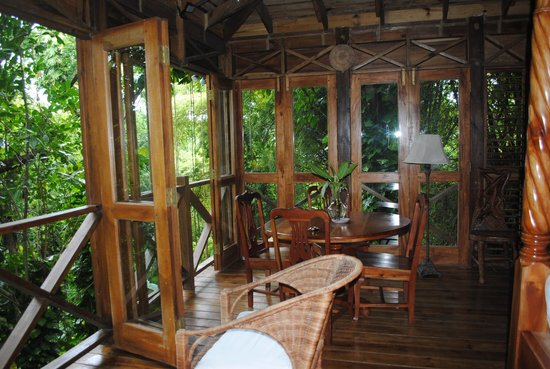 Kanopi House: Upper deck