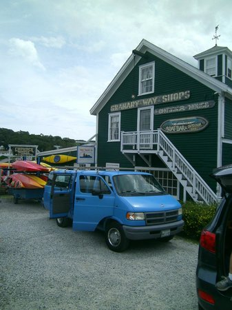 Harborfields : Boothbay Harbor kayak shop