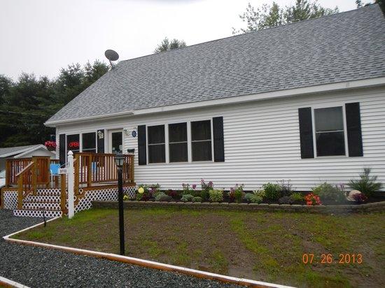 Belle Isle Motel: Office