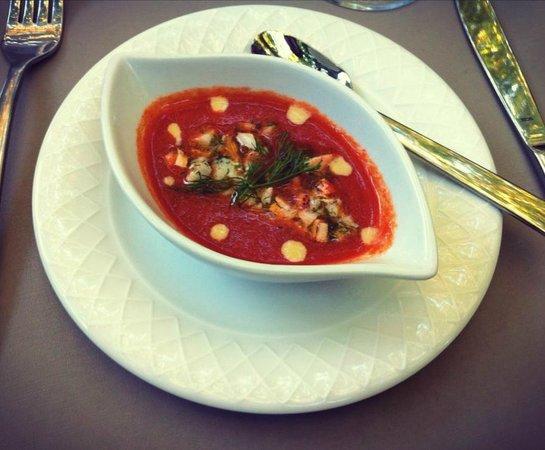 Auberge de la Treille : velouté de tomates & homard