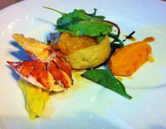 Auberge de la Treille : homard, soufflé au foie gras, purée de pois-chiche et patate douce