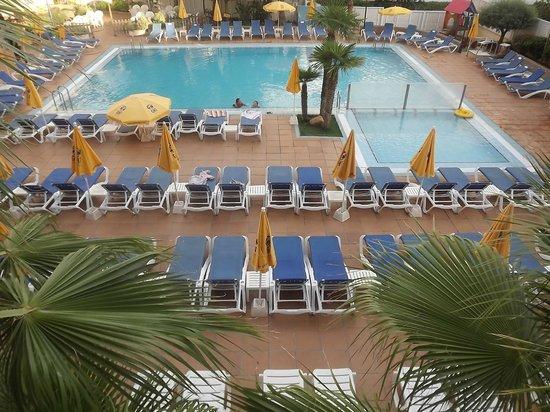 Hotel GHT Oasis Tossa & SPA : piscine de l'hôtel
