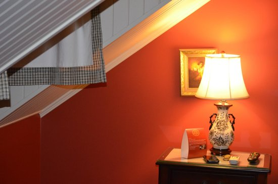 "Hotel Le Clos Saint-Louis: The ""Maid's Room"""