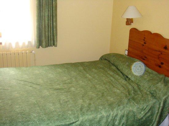 Hotel Husa Vall De Nuria: Room