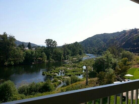 Holiday Inn Express Roseburg: view from our 4th floor room