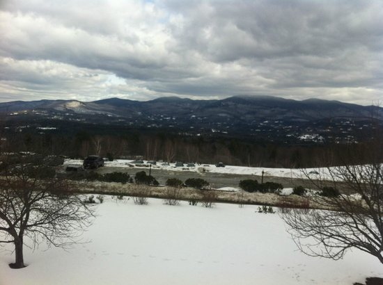 Trapp Family Lodge: The parking lot is across the street from the Lodge