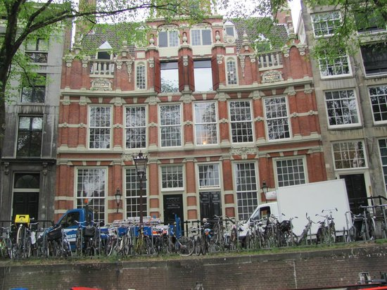 See Amsterdam - Canal Cruises and Walking Tours : Canal tour