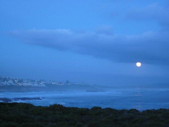 """Abalone Guest Lodge: Versuch, den Mond zu """"fangen"""""""