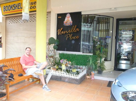 Vanilla Place Guest House: Front of house