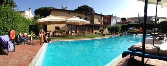 Villa Maria B&B : la piscine