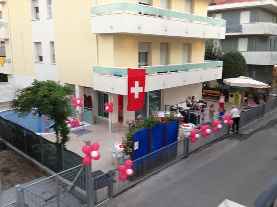 Hotel Thea : vue depuis la terrasse de notre chambre