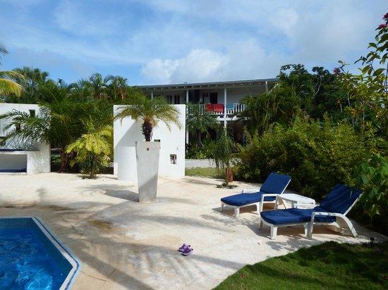Hotel Horizontes de Montezuma: Blick vom Pool auf das Hotel