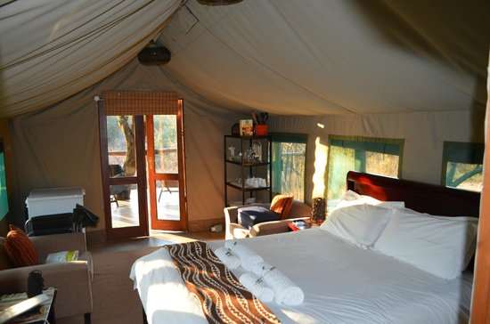 Bu0027sorah Luxury Tented C& Inside the tent & Inside the tent - Picture of Bu0027sorah Luxury Tented Camp ...