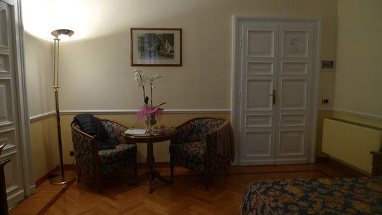 Residenza Cellini: Fresh flowers