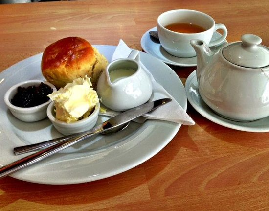 The Rusty Bucket Coffee Shop: The cream tea when it arrived