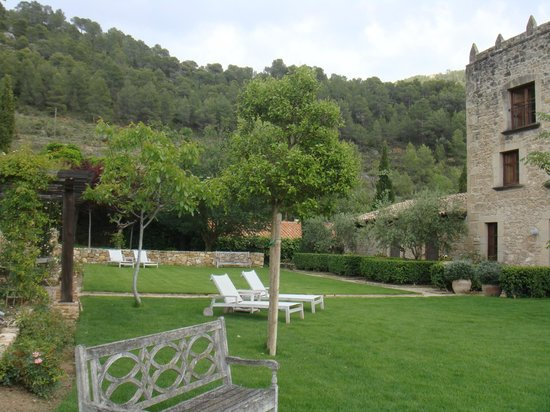 La Torre del Visco: Jardines