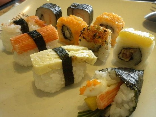 Yakimix restaurant: more sushi