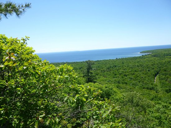 Batchawana Bay, Canadá: View from top of Lookout Trail, Pancake Bay Prov. Park