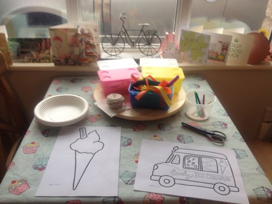 Ditsydo Tea Room: Yummy mummy coffee morning with craft activity
