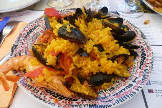 Montpeyroux, Γαλλία: La paella