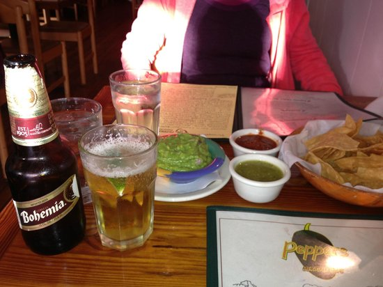 Peppers Mexicali Cafe: chips, salsa, guacamole and cold beer