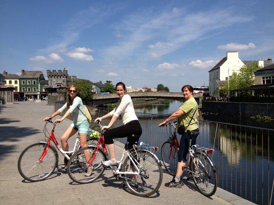 Kilkenny, Irlanda: Johns Bridge